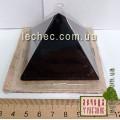 Пирамида из шунгита полированная 70х70
